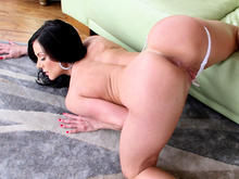 Milf craves some younger dick for her ass pounding