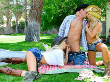 Tasha Reign & Summer Brielle in Naughty Country Girls