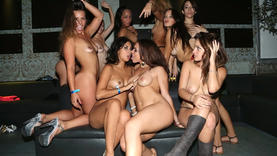 lesbians get group fuck in the club