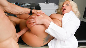 blonde whore gives a good blow job with doctor