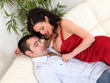 Veronica Avluv & Daniel Hunter in Seduced by a cougar