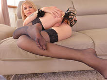 Heel Affection - Blonde College Babe Crams Pussy With Shoe