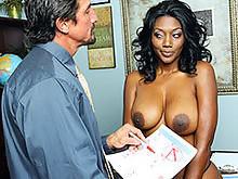 Ebony Mom Nyomi Negotiate With The School Principa..
