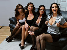 Girls group sex party