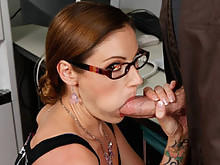 Company CEO Samantha Ryan Get Her Mouth Pleased