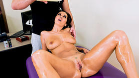 horny milfs squirt